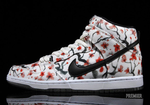 "Nike SB Dunk High ""Cherry Blossom"