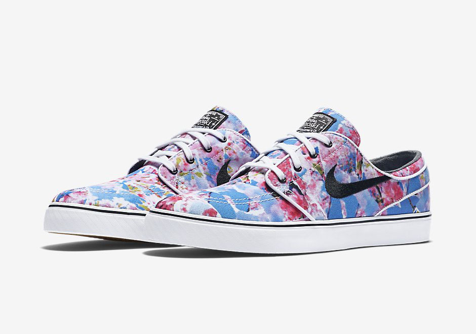 "new product aad8e 808bf Nike SB Janoski ""Cherry Blossom"" Rivals The ""Digi-Floral"""