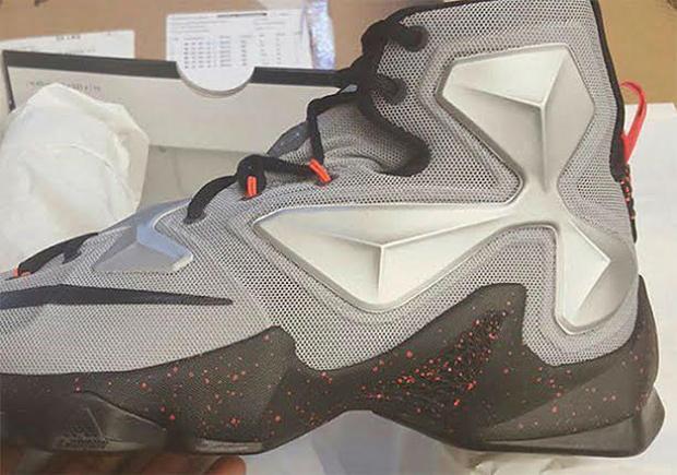 a51147a1ccf Nike LeBron 13