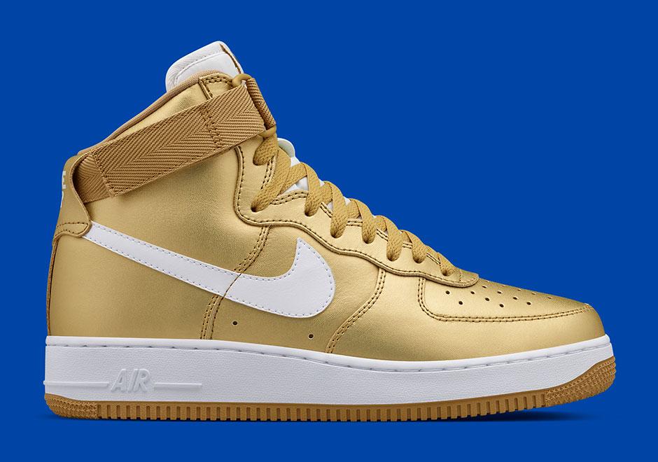 Nike Air Force 1 High dorato