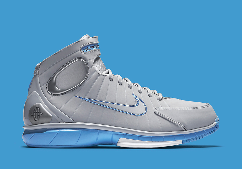 low priced 4832e 111db Nike Huarache 2K4 Wolf Grey MPLS Retro | SneakerNews.com