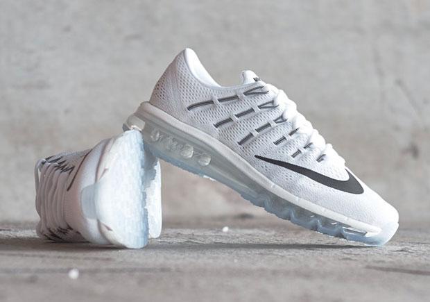 White Nike Air Max 2016