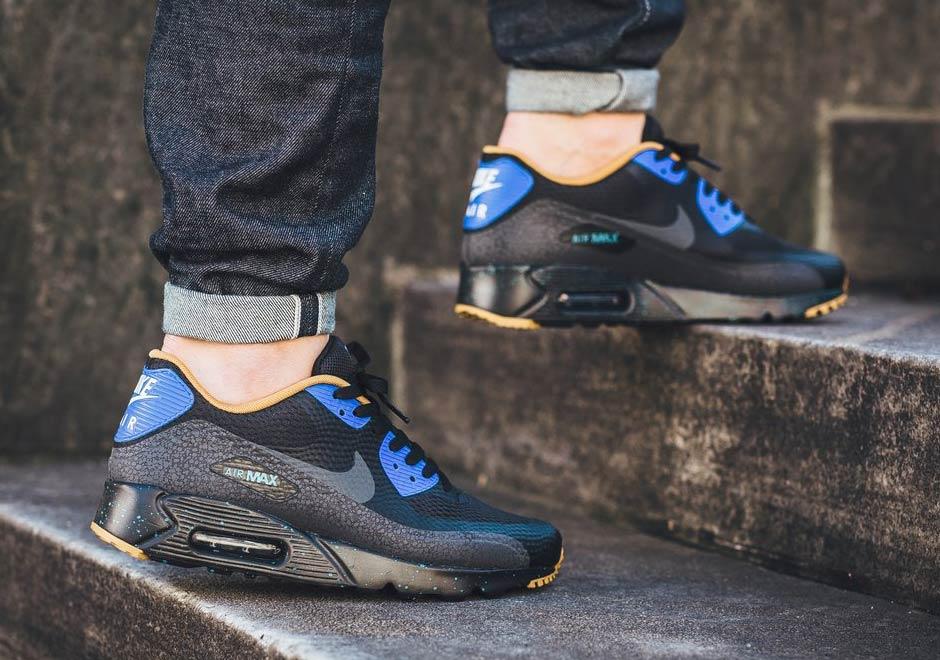 """Nike Air Max 90 Essential """"Racer Blue"""""""