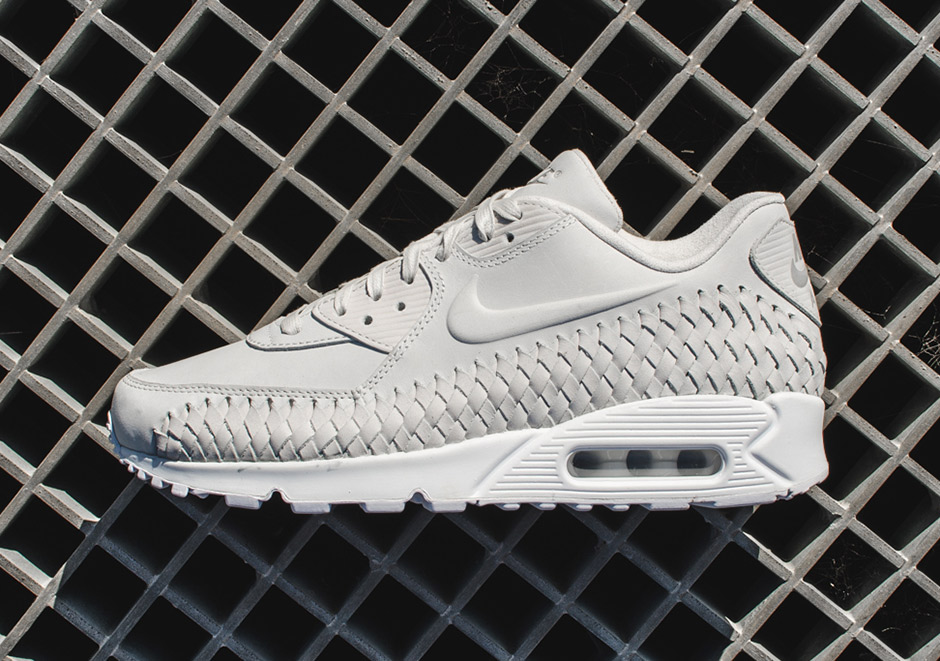 brand new 7a5f2 69122 The Signature Mudguard Of The Nike Air Max 90 Gets A Woven Upgrade -  SneakerNews.com