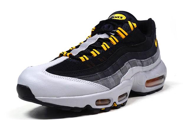 2473e12ef03d The gradient on the Nike Air Max 95 s wavy side panel has been as iconic a  feature on a popular model as any. Inspired by human anatomy
