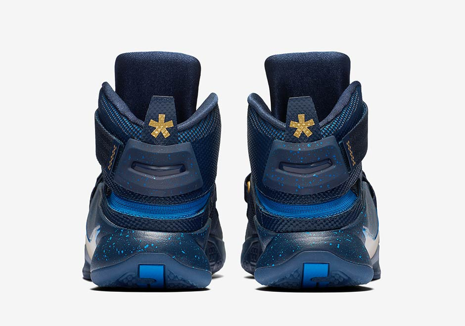 152dbe75e884f Nike LeBron Soldier 9 Flyease
