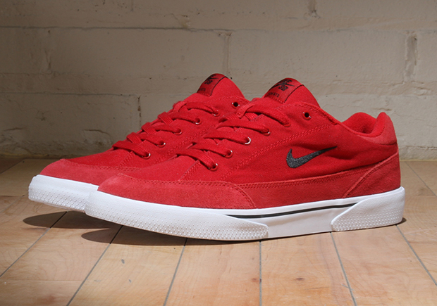 reputable site 19984 76915 The Nike GTS skates on in its new life in the Nike SB line with this latest  look in Gym Red. The combination canvas and suede-reinforced upper goes all  red, ...