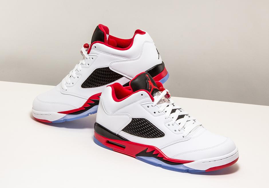 detailed look ad3b9 8b0d9 Air Jordan 5 Low