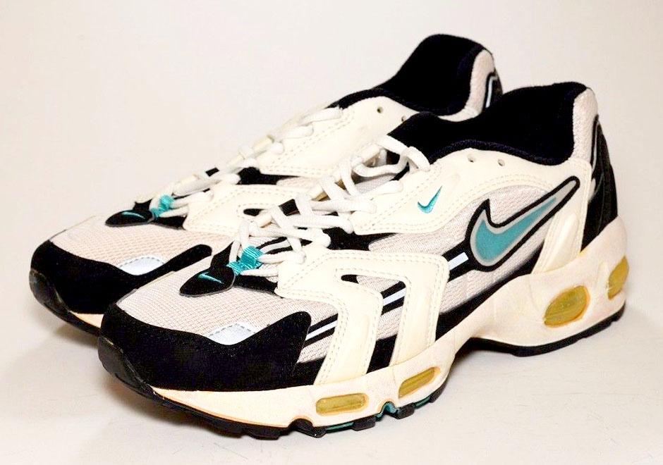 08d6e078991b Flashback to  96  Nike s Air Max Runners - SneakerNews.com