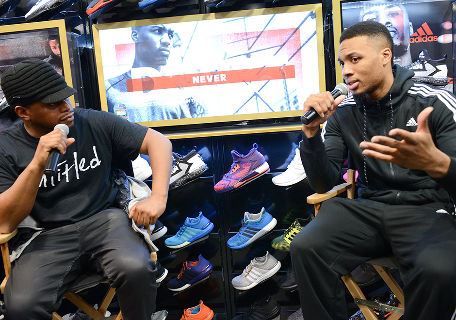 huge selection of 6beee f29d6 Damian Lillard Gave Away Over 200 Pairs Of D Lillard 2s At F