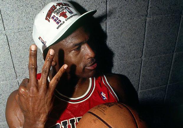 """Air Jordan 8 """"Cigar & Champagne"""" Pack Releasing In June"""
