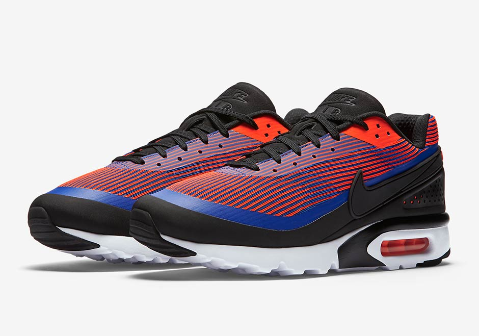 on sale b633d 49be2 Jacquard Materials Hit The Nike Air Classic BW Ultra