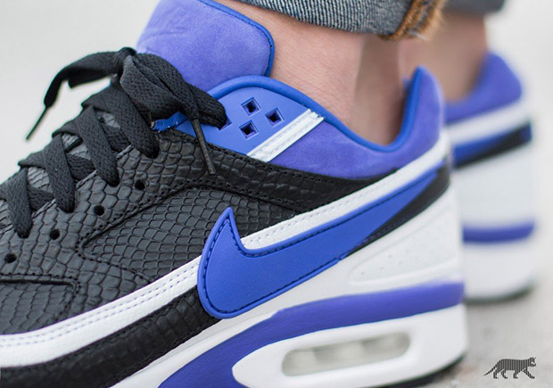 "An On-Foot Look At The Nike Air Classic BW Premium ""Reptile ... 9b7880e52"