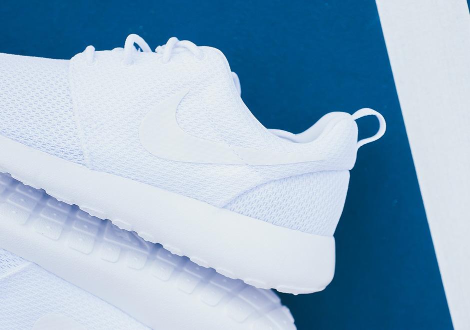 hot sale online d9598 0efbf Nike Roshe Run