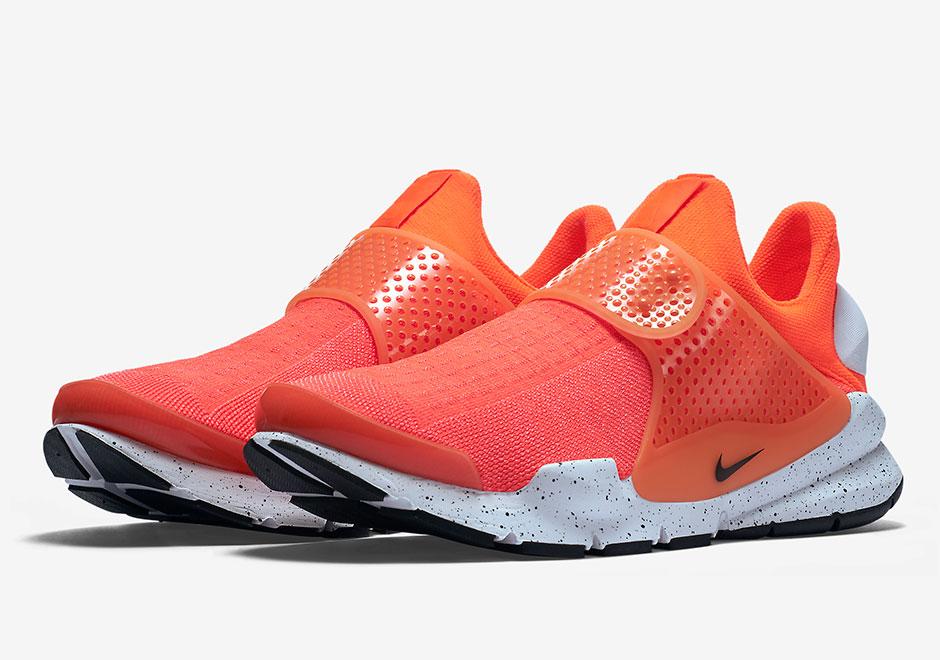 Nike Running Sock Dart SE Total Crimson Black White