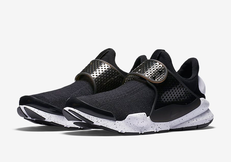 More Nike Sock Darts With Matching Straps Are Releasing Soon