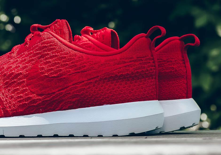 Nike Flyknit Roshe Red