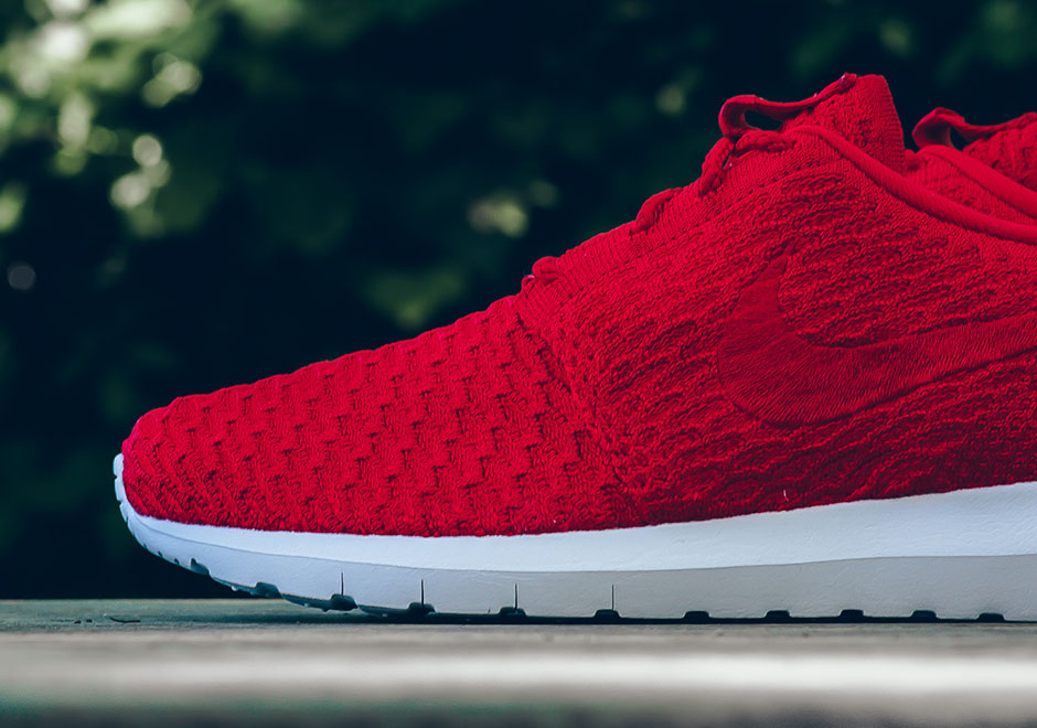 nike roshe run red fly knits