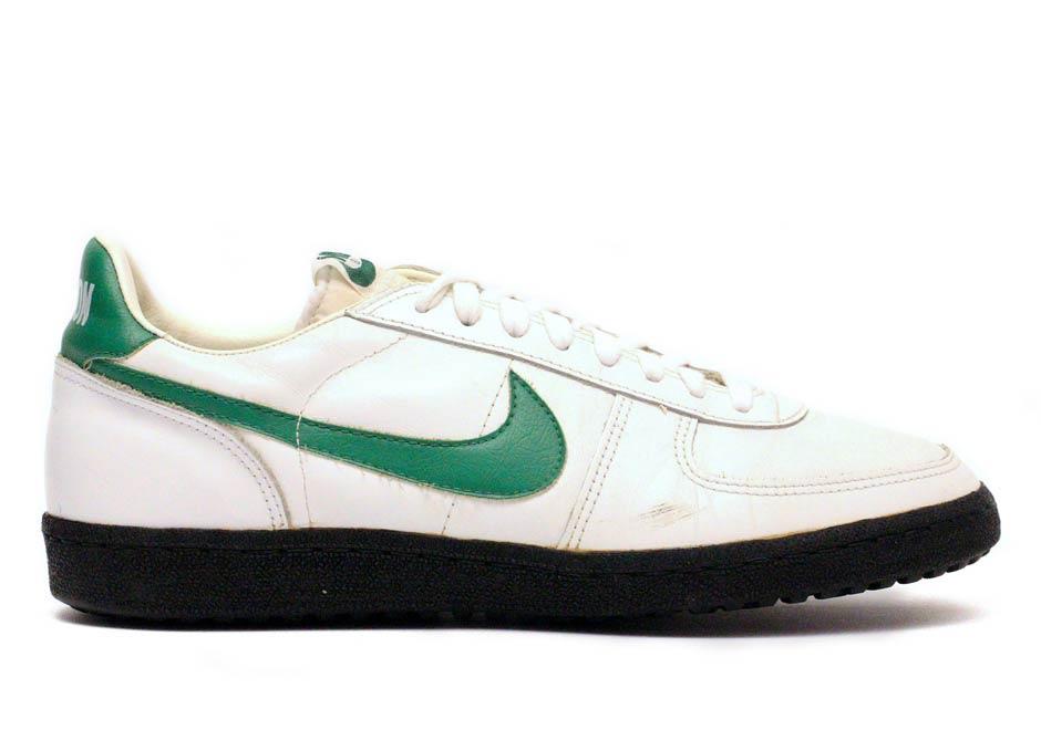 Vintage Nike Collectors - SneakerNews.com