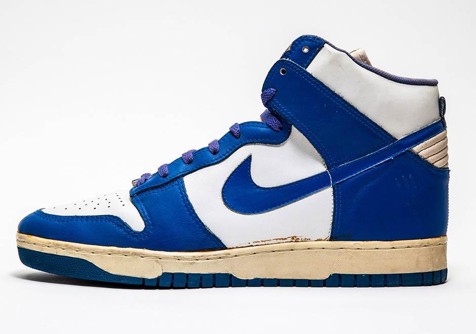 best website 28a39 03e8a Vintage Nike Collectors - SneakerNews.com