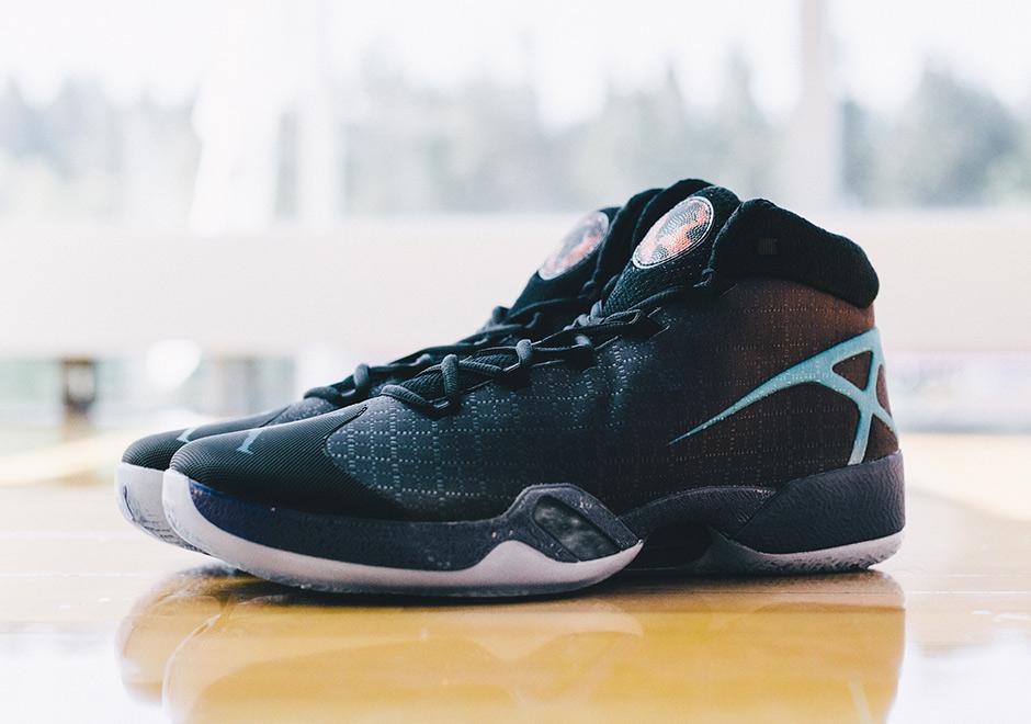 "Air Jordan XXX ""Hornets"" PE | SneakerNews.com"
