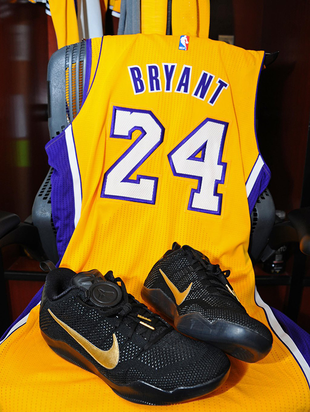 4cb20331629d The Last Pair Of Shoes Kobe Bryant Will Ever Wear In An NBA Game -  SneakerNews.com