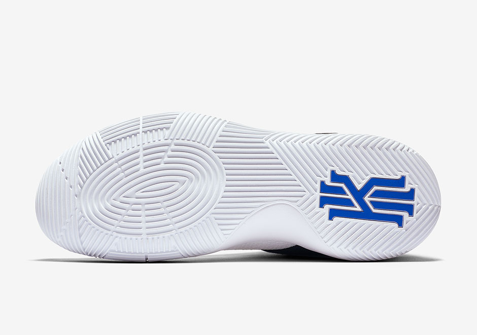 finest selection ec6a3 9f4db Nike Kyrie 2