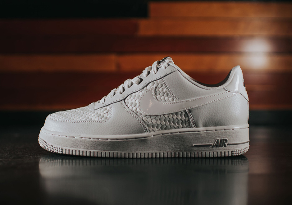 Nike Air Force 1 07 Lv8 Bleue Baskets Homme
