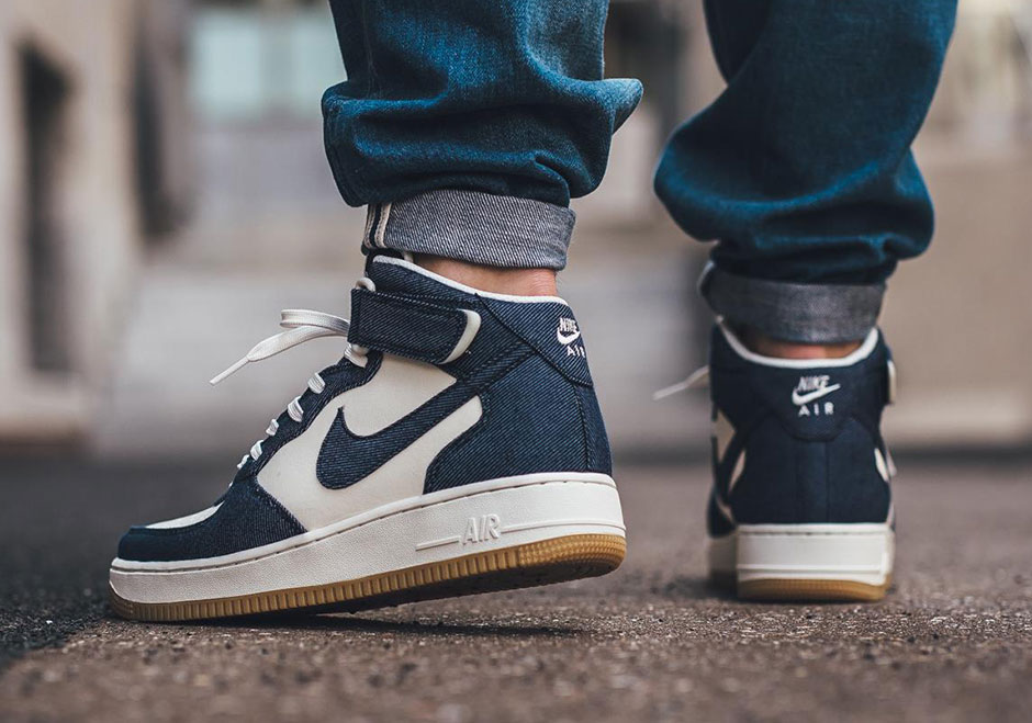 hot sale online b64bf 2a28f Nike Air Force 1 Mid