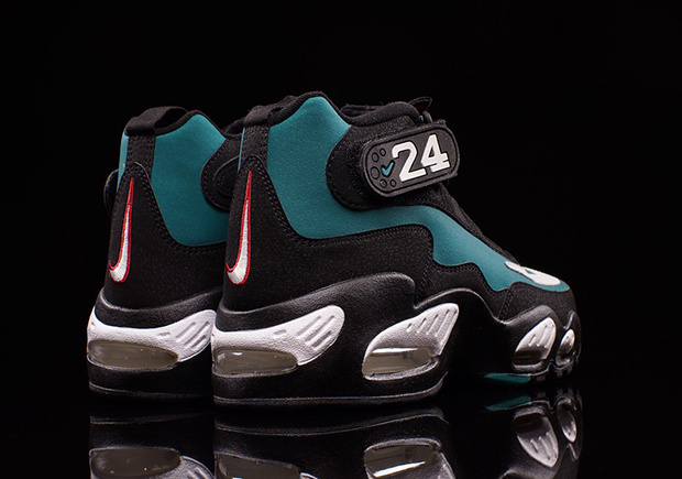 5ed4cd620b7 Ken Griffey Jr. s First Nike Signature Shoe Returns Tomorrow ...