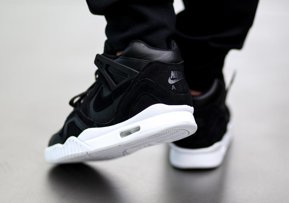 hot sale online 1d9d8 e64a0 Nike Air Tech Challenge II Laser Cut 832647-001  SneakerNews