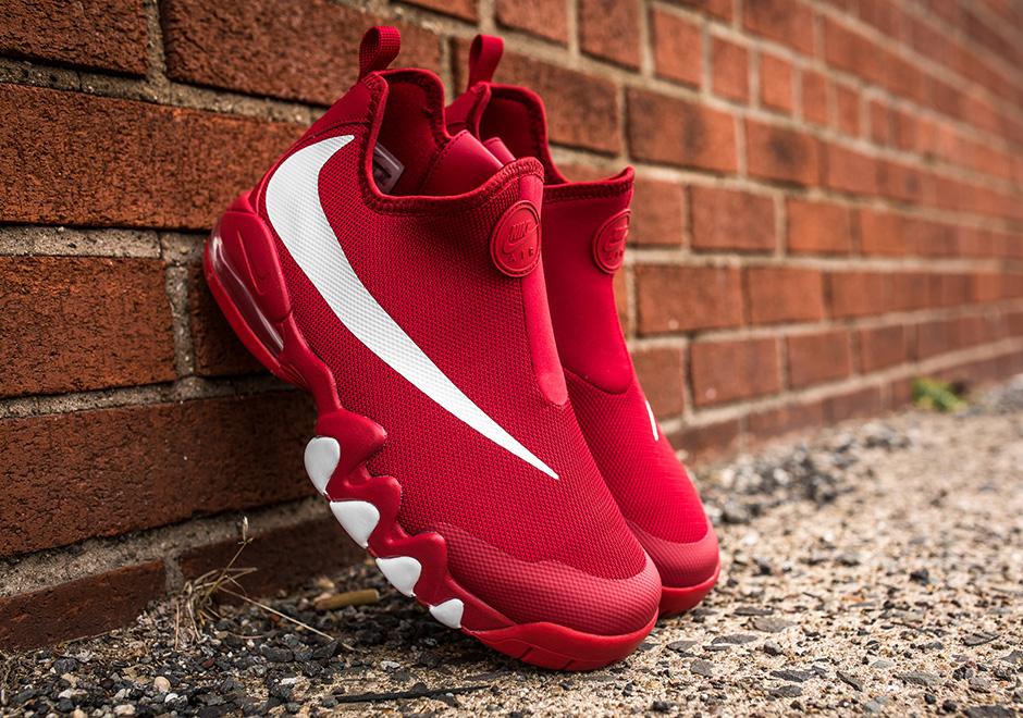 8e078c73ff Nike Big Swoosh