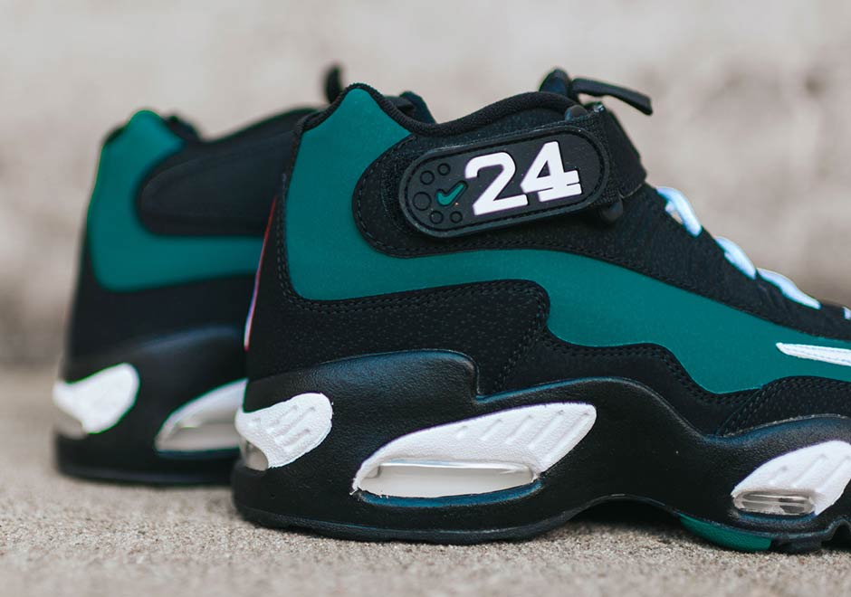 timeless design d4cd6 e6770 Nike Griffey Max 1