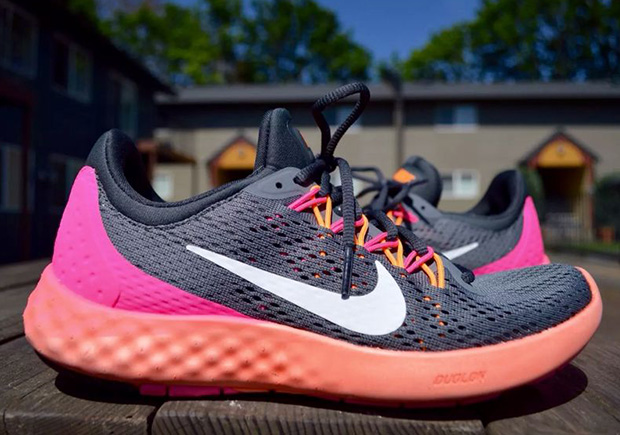 best website 4be44 b7ade First Look At The Nike Lunar Skyelux Running Shoe