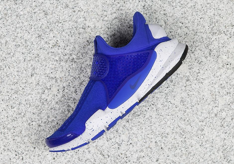 timeless design 2d5c0 b172d Nike Sock Dart Racer Blue 833124-401 | SneakerNews.com