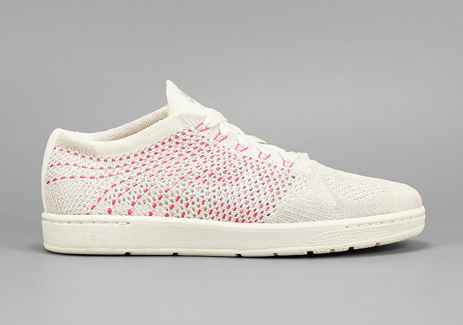 nike tennis classic flyknit in white and pink