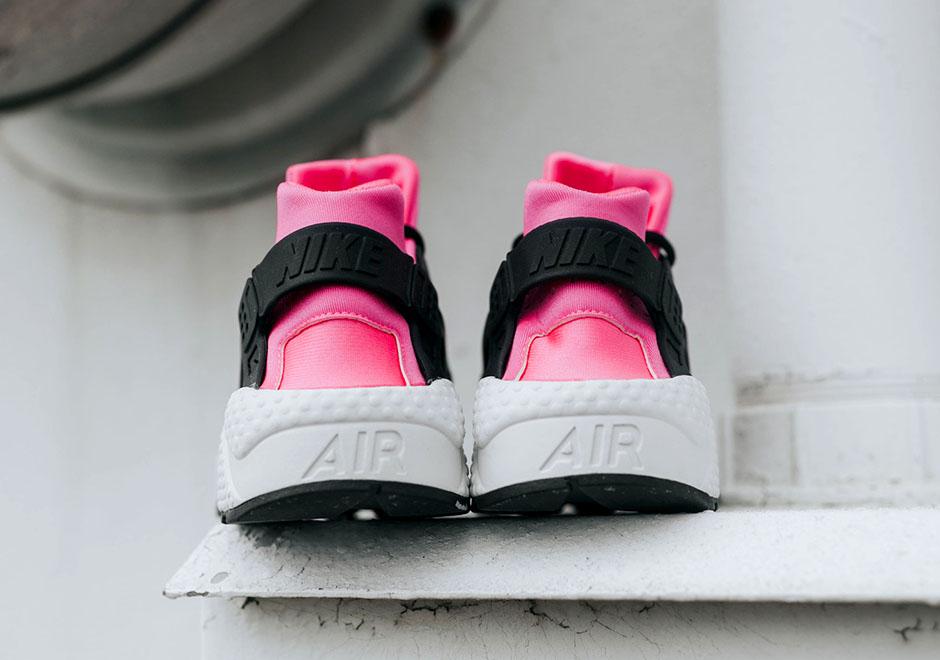 nike huarache ultra black and pink