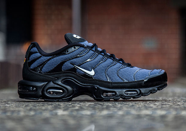 buy popular 94665 74ba0 ... tn 2007 The Nike Air Max Plus switches from its usual gradient mesh  upper to a whole new ...