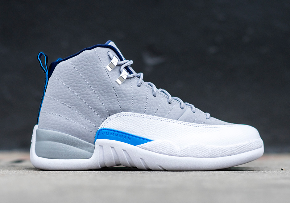air jordan blue and white