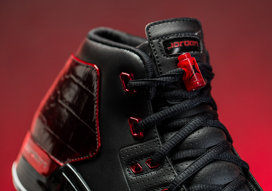 the latest 2357b dfb28 Air Jordan 17+ Bred Chicago Bulls Release Date   SneakerNews.com