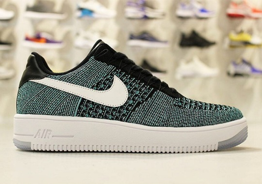 "Nike Air Force 1 Low Flyknit ""Hyper Jade"""