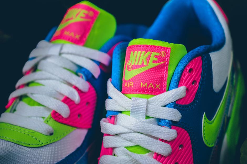 Nike Air Max 90 - SneakerNews
