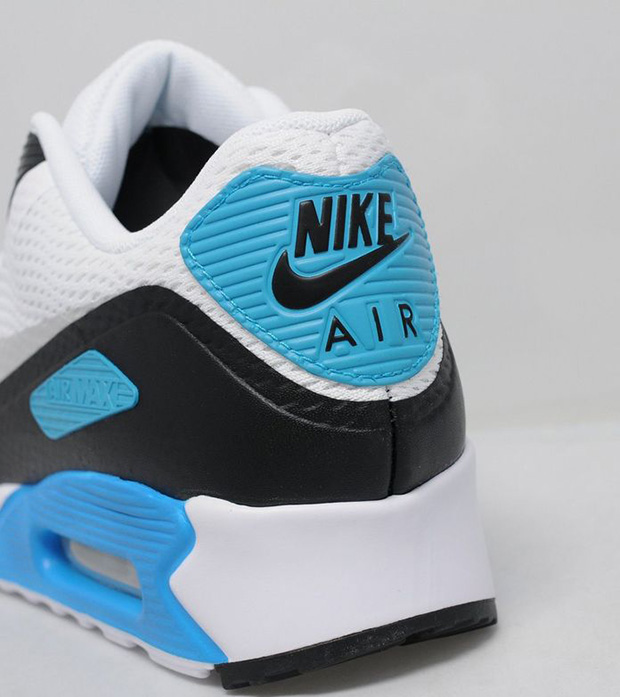 big sale 3a67f a75d9 Nike Air Max 90 Ultra Essential Laser Blue   SneakerNews.com