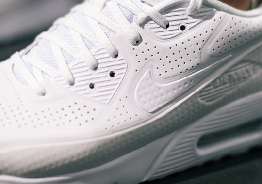"Nike Air Max 90 Ultra ""Triple White"""