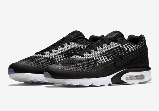 """The Latest Nike Air Max BW Jacquard Goes For The """"Oreo"""" Look"""