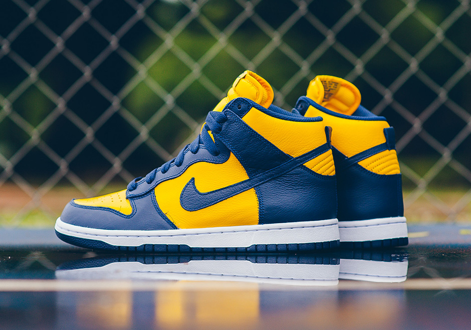 Nike-dunk-high-michigan-retro-available-02