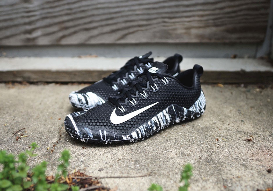 Nike s Newest Free Trainer 1 0 Takes The Oreo Look To New Heights hot sale 4df8972184a4