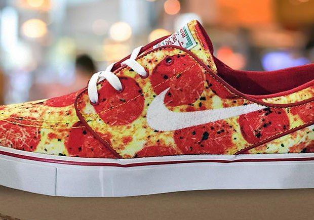 a08cecdccee87 The food-themed Nike SB launches continue as we get a first look at a Nike  SB Janoski release with a delicious pepperoni pizza print all around the  upper.
