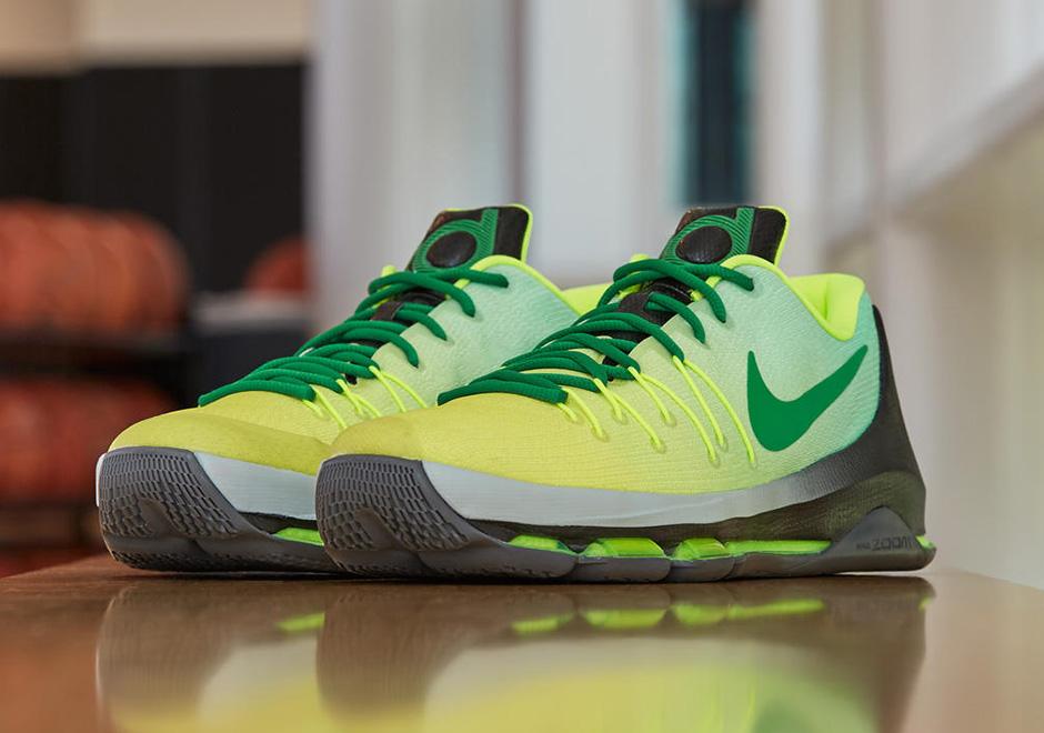 14cd264419e7 Nike KD 8 Seattle PE for Breanna Stewart