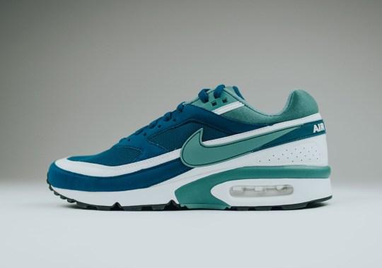 "Nike Finally Releases the Original ""Marina Blue"" Air Max BW"